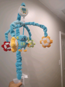 Plush wind up musical crib Mobile - robot
