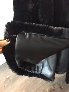 Gorgeous & Warm Black Real Sheared Beaver Car Coat MUST SELL! London Ontario image 9