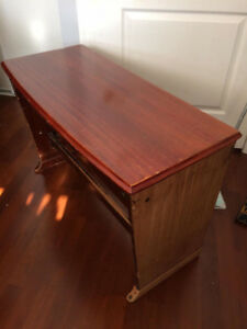 Hammond A100 Organ Bench