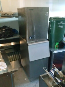 COMMERCIAL ICE MACHINE (GUELPH, ONTARIO)