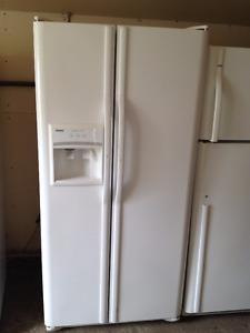 Side x Side fridges (similar to photo) 1 877 696 4771 Toll free