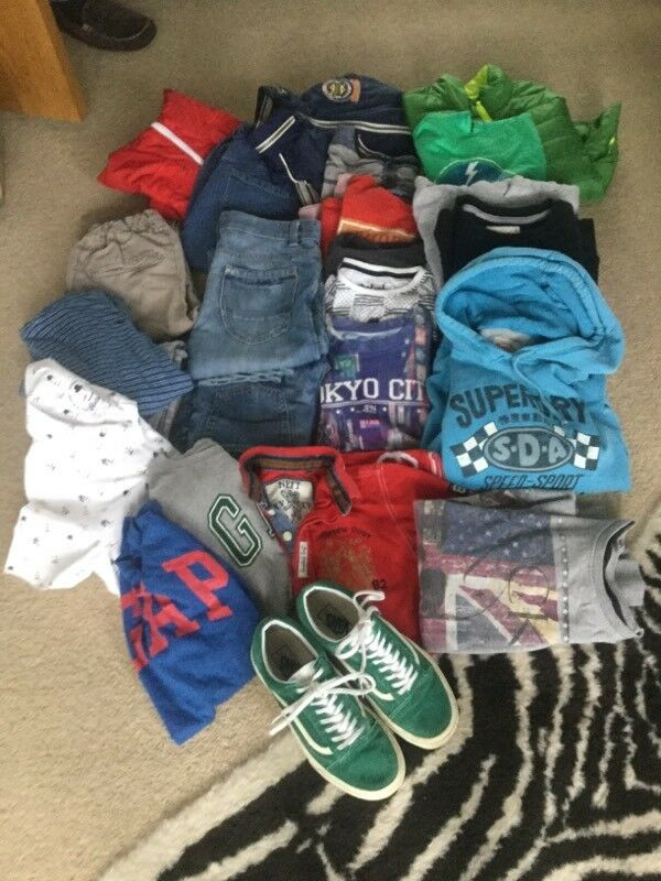 Boys large clothes bundle all aged between 10 -12 all good condition
