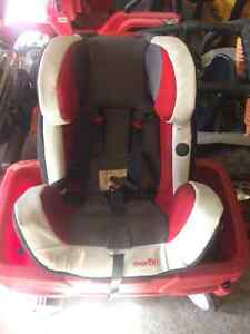 stroller carrier carseat deals locally in brockville baby items kijiji classifieds. Black Bedroom Furniture Sets. Home Design Ideas