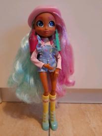 Hairdorables hairmazing Deedee doll