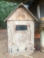 2 floor doghouse for  2 dogs