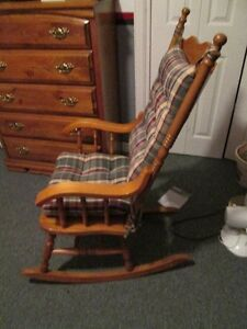 Rocking Chair Peterborough Peterborough Area image 2