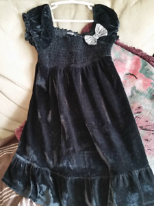 Girls Velvet Holiday Dress Size 6