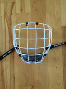 Bauer Profile 2 & CCM 580 hockey cages mint condition!!