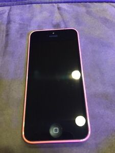 Pink iPhone 5C in Excellent Condition