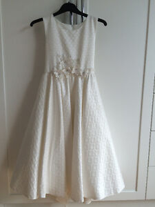 Tiana Special Occasion Dress - size 10