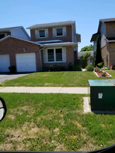 HOUSE FOR RENT $1800