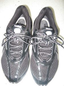 Reebok TrainTone Sports Conditioning Sneakers  Size 8.5