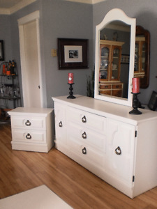 Dresser and Matching Nightstand