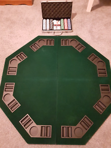 Fold up poker table and chips