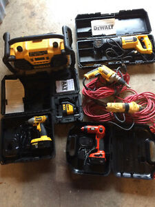 Ensemble d'outils dewalt et black and decker West Island Greater Montréal image 1
