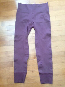 Lululemon Size 6 - Wunder Unders & In the Flow - HALF OFF