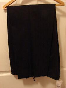 Women's Laura Plus Petite size 16 Pant Suit--(NEW) Belleville Belleville Area image 4
