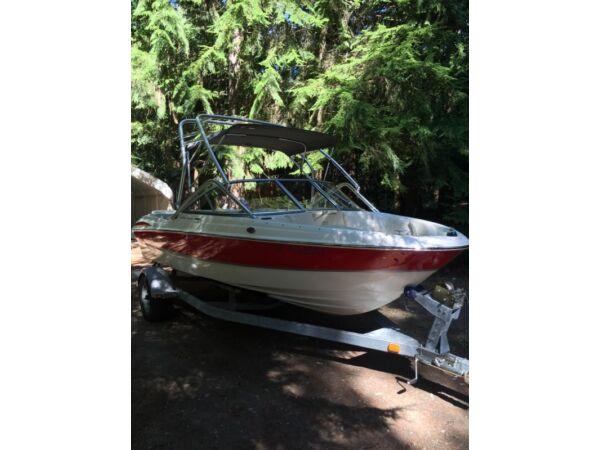 Used 2009 Maxum Marine 1800SR3