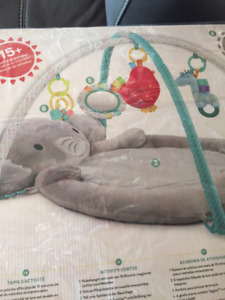 BABY PLAY MAT + FREE WIPES WARMER