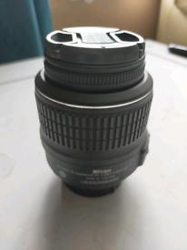 Nikon DX Af-s Nikkor 18-55 mm VR lens