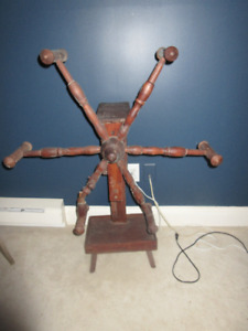 Vintage Wool Winder from the 1800's   Great condition.
