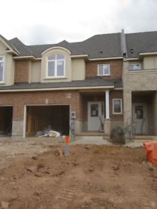 Beautiful MODERN +NEW Townhouse for rent in Stoney Creek/ Winona