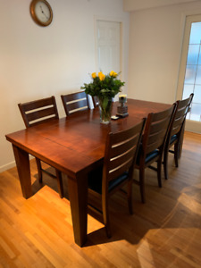 Wooden dining table and leather chairs for sale