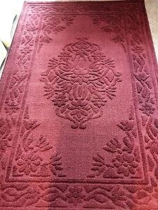 Melot area rug