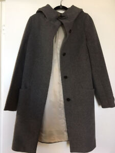 "Aritzia Babaton Pearce coat ""Ladies"""