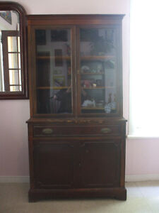 1960's One Piece China Cabinet