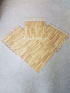 $2.50 per mat Brand New soft wood pattern interlocking floor mat