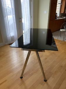Table de bureau Ikea en verre Noir / Desk black