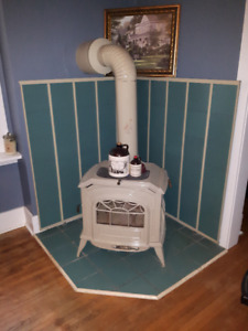 Wood Stove - Antique Look with Porcelain Finish