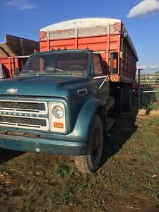 1967 Chevy grain truck