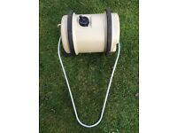 Aquaroll 40L water carrier for camping/caravanning, with accessories