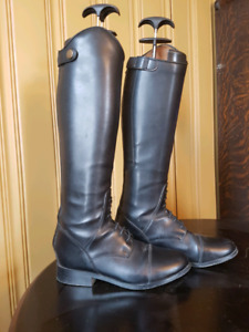 Youth Field Boots size 5-- Get noticed in the show ring!!