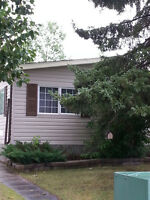 House For Rent in SE Airdrie Pet friendly