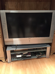 SONY TV + TV STAND