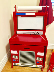 Wooden fire engine easel