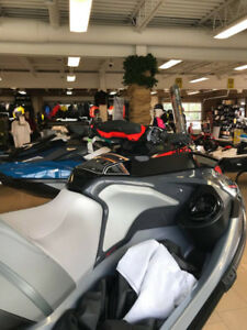 2018 Sea-Doo Rxt-X 300 hp WITH SOUND SYSTEM