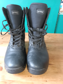 Magnum panther 8.0 boots size 11