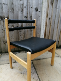 Parker knoll large dining chair black vinyl. Local Delivery Available