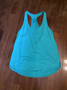 Lululemon crops and tank