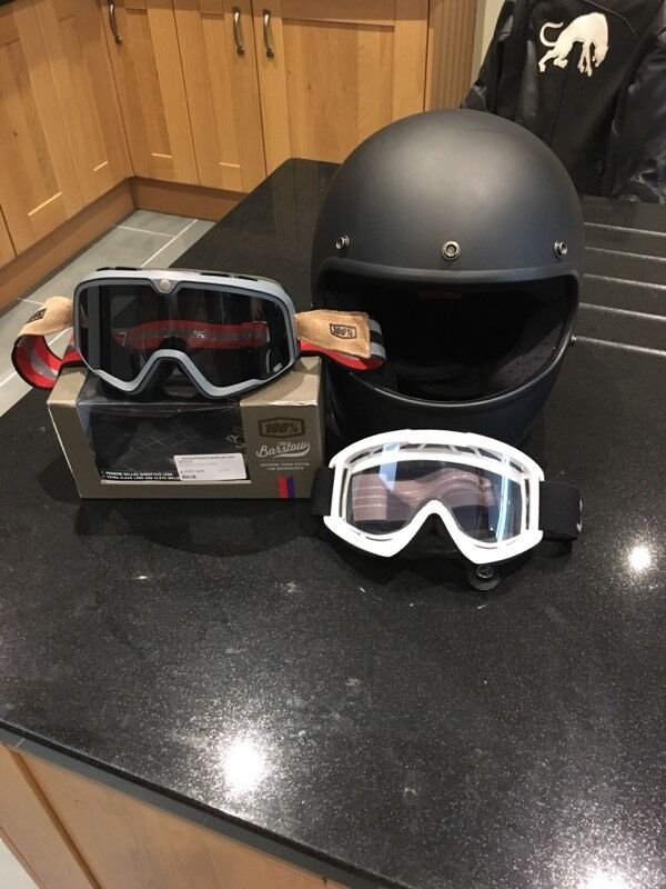 Biltwell Gringo Retro Cafe Racer Bobber Style Helmet Size Large With Two Pairs Of Goggles