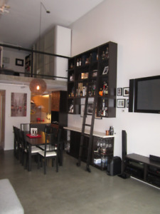 Amazing loft for rent Cambie Village $2400/mo