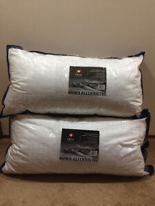 King Pillows and Pillowcases-NEW