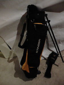 "Stinger ""Killer Bee"" RH Junior Golf Set with Bag"