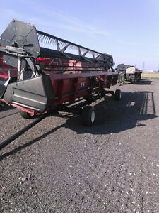 30 ft Case IH 1020 header Sarnia Sarnia Area image 1