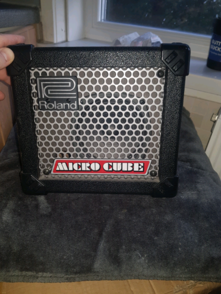 Roland micro cube guitar amp with mic input  for sale  Partick, West End