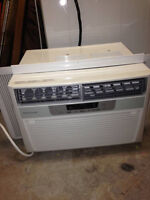 8000 btu Fridgidaire air conditioner brand new from kent